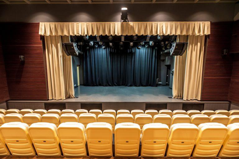 Kurhauzo teatro salė